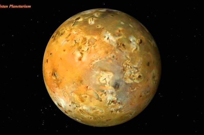 Io, satelit planet Jupiter.