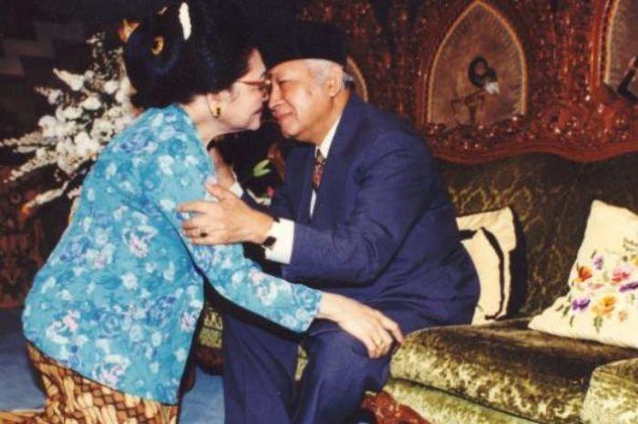 Ibu Tien dan Presiden Soeharto
