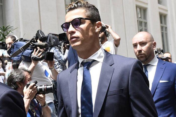 Cristiano Ronaldo gerah dengan pajak tinggi di Spanyol.
