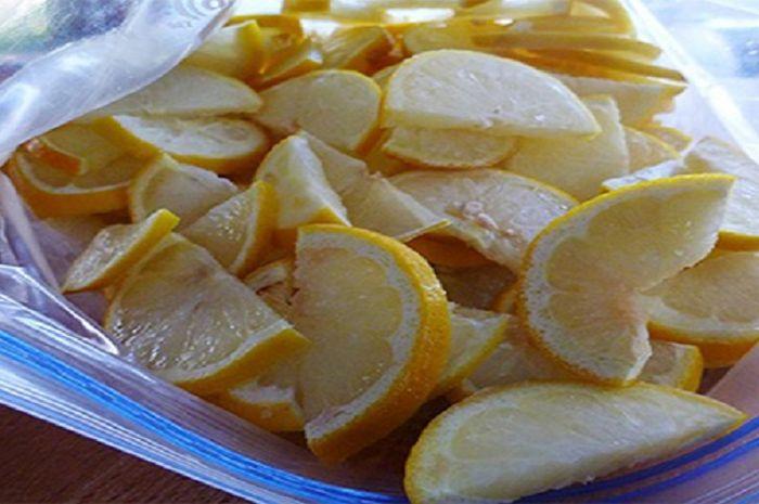 Membekukan lemon