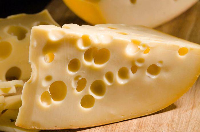 Ternyata Dengan Sepotong Keju Setelah Makan, Bisa Mencegah Erosi Gigi -  Semua Halaman - Grid Health