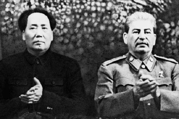 Mao Zedong dan Joseph Stalin