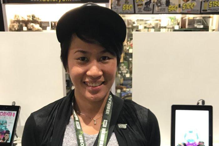"""Alti Firmansyah, komikus Indonesia yang terlibat dalam penggarapan komik produksi Marvel dan """"Goliath Girls."""""""