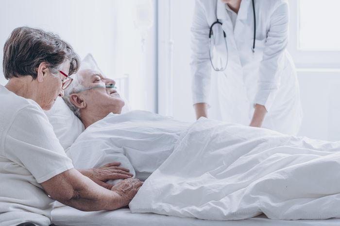 Dokter menyatakan kematian seorang pasien.