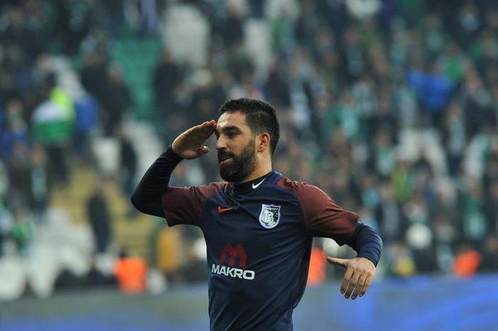 Arda Turan, pemain Barcelona yang dipinjamkan ke Istanbul Basaksehir terancam dipenjara selama 12 setengah tahun.