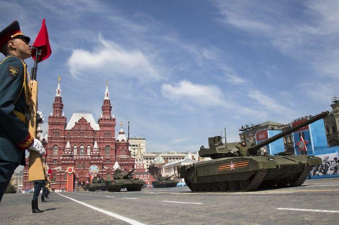 Militer China, dalam banyak hal, disebut telah melampaui saudara tuanya, Rusia