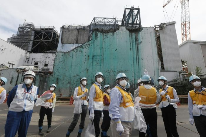 Ingin memperbaiki citranya, pabrik nuklir Fukushima mengundang beberapa pengunjung ke sana.