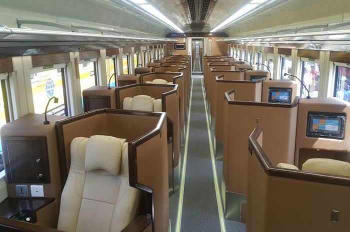 Sleeper train buatan Indonesia