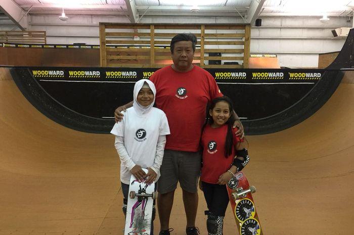 Dua Atlet skateboarding muda asal Indonesia, Nyimam (Kiri) Aliqqa (kanan).