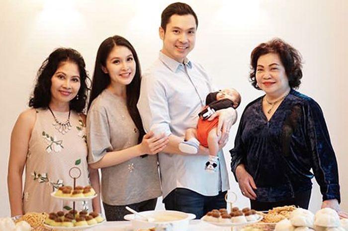 Karena Kebiasaan Mewah Sandra Dewi Ini, Mertuanya Tak Kirim Masakan Selama Seminggu