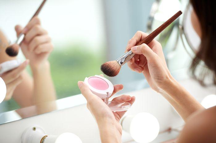 ilustrasi make up