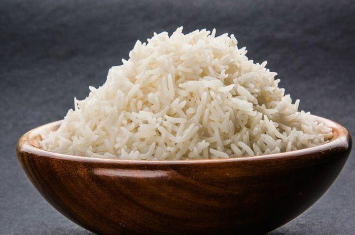 benarkah nasi yang dihangatkan lebih dari 12 jam bisa berubah jadi racun?