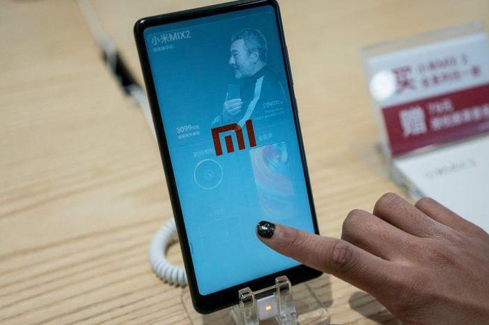 Ponsel Xiaomi Mi Mix