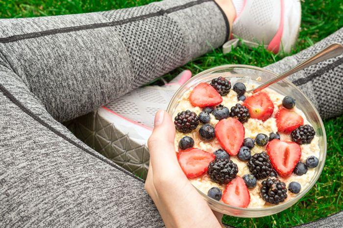 Makan Sebelum Olahraga Bisa Turunkan Berat Badan Lebih Cepat Ada