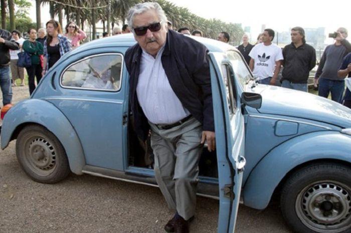 Jose Mujica presiden ke-40 Uruguay.