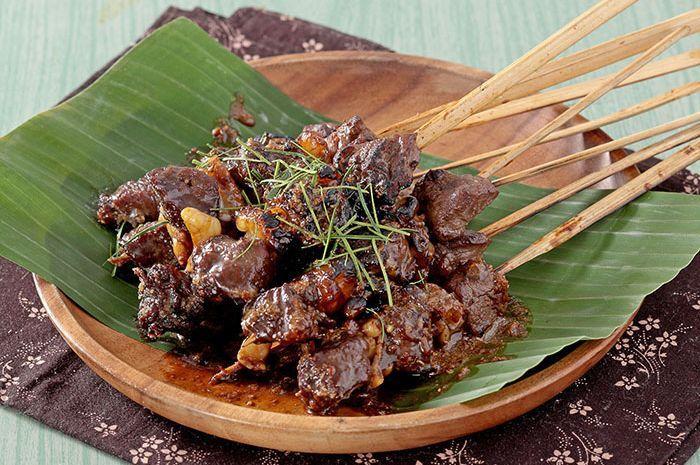 Mau Resep Sate yang Lebih Nendang Sedapnya? Coba Sate Kambing Khas Surabaya nan Maknyus Ini!
