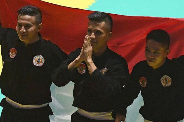 Atlet Indonesia meraih banyak medali emas di pencak silat.