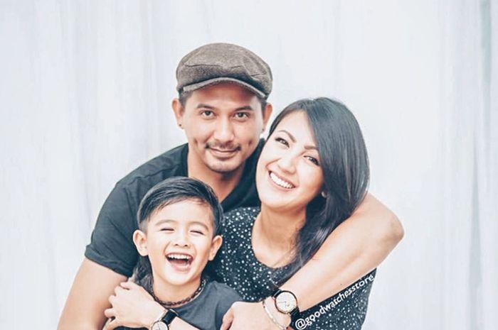 Ryan dan Keluarga