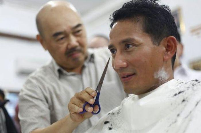 pangkas rambut Ko Tang langganan pejabat