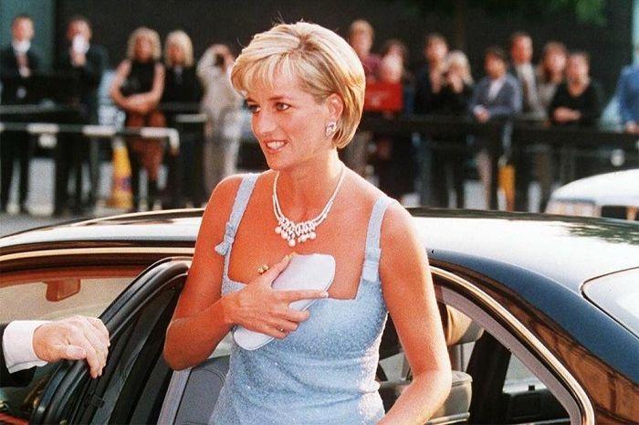 Diana setelah bercerai dari Charles