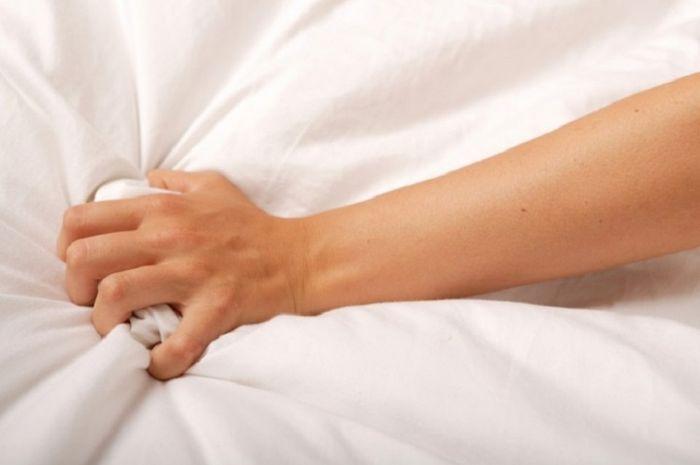 Wanita bisa orgasme tanpa berhubungan intim.