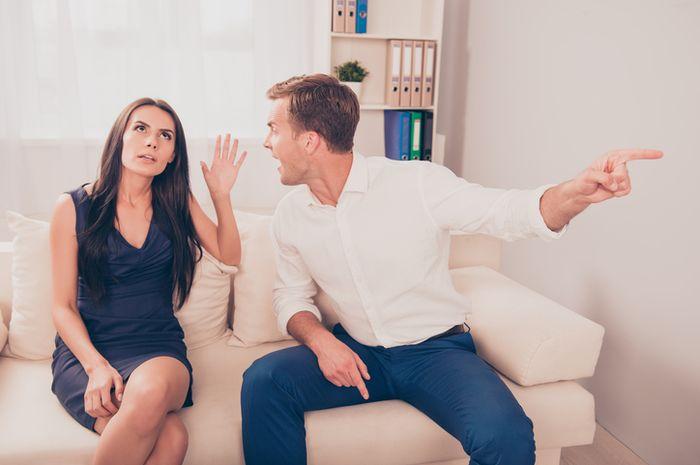 Mendeteksi kebohongan pasangan