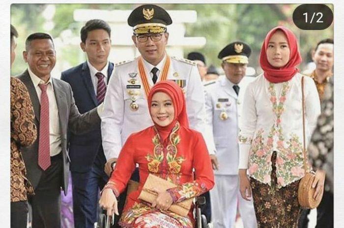 Gubernur Jabar Ridwan Kamil dan Istrinya Atalia Praratya saat hadir dalam acara pelantikan gubernur