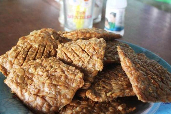 Belum Banyak yang Tahu, Ini yang Akan Terjadi Pada Tubuh Kalau Tiap Hari Makan Nasi dan Tempe