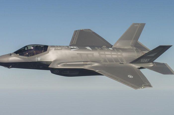 Angkatan Udara yang menerbangkan F-35 akan dilengkapi dengan teknologi Air-Ground Collision Avoidance System, atau AGCAS.