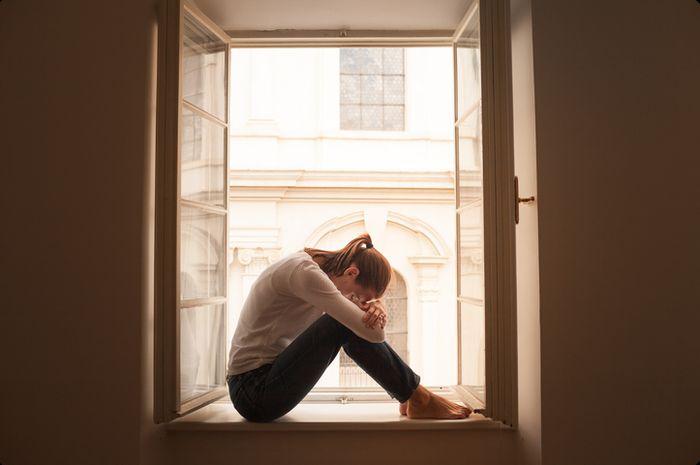 Pengidap depresi biasanya mengalami kesedihan dalam jangka panjang.