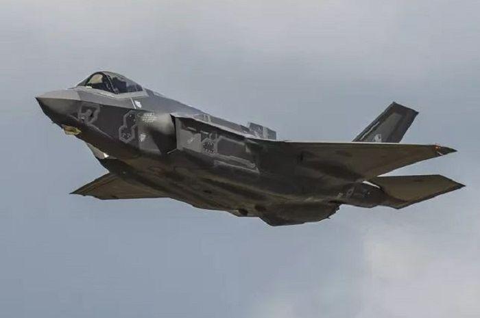 Jet tempur F-35A