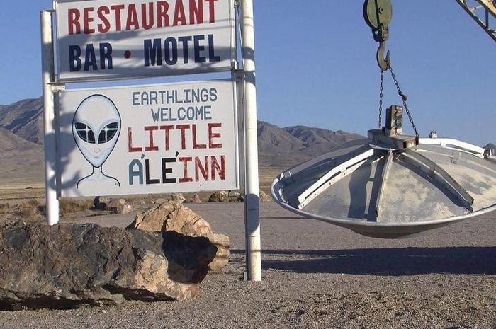 Area 51 di Amerika Serikat yang dianggap sebagai tempat pendaratan UFO.