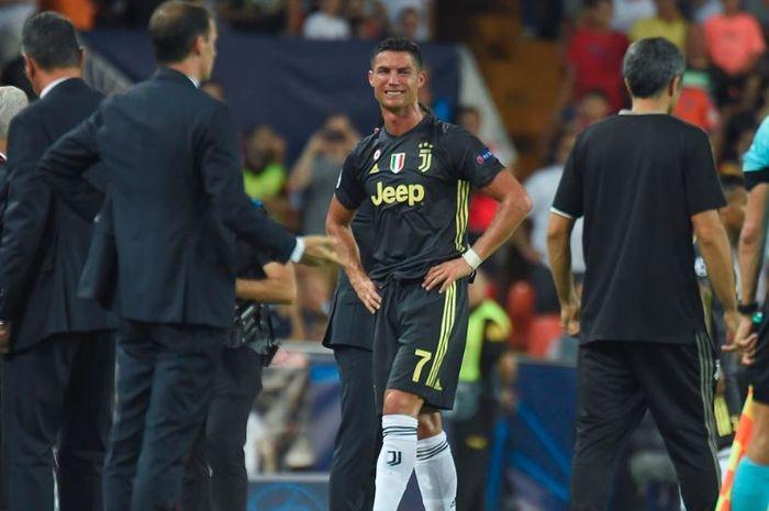 Drama Kartu Merah untuk Christian Ronaldo, Ini Reaksi Soal Tangisan dan Wasit yang Berlebihan!