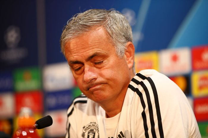 Jose Mourinho saat melakukan sesi tanya jawab dengan wartawan menjelang laga kontra Valencia di Liga