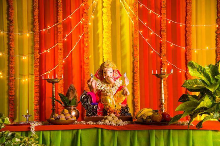 Patung Dewa Ganesha.