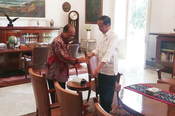 Kepala Pusat Data, Informasi, dan Humas Badan Nasional Penanggulangan Bencana (BNPB) Sutopo Purwo Nugroho bertemu Presiden Joko Widodo di Istana Bogor, Jumat (5/9/2018) siang.