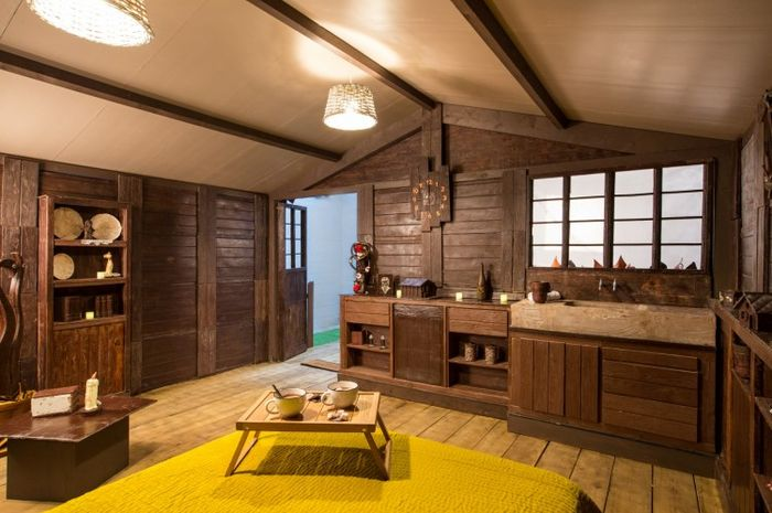 Bagian dalam The Chocolate Cottage