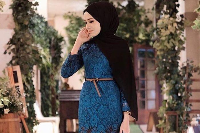 Inspirasi model hijab yang cocok dipadukan bersama kebaya