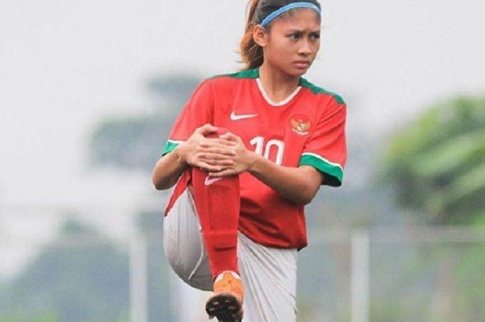 Zahra Muzdalifah, Pemain Tim Nasional Sepak Bola Putri