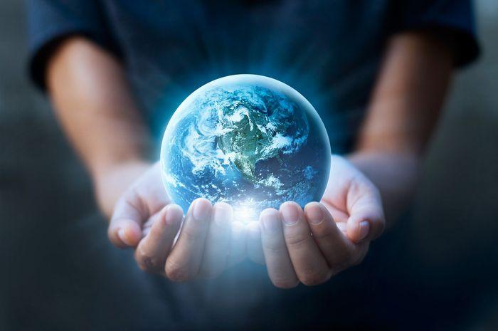 Usaha menjaga Bumi harus dilakukan oleh seluruh umat manusia.