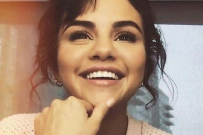 Selena Gomez melakukan perawatan untuk kesehatan mentalnya