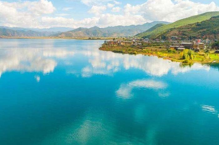 Danau Lugu