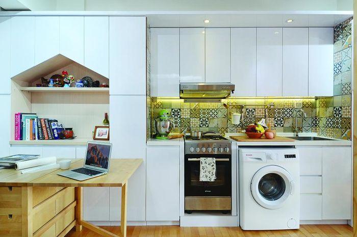 Di dapur multifungsi seluas 4,8 meter ini, ada 4 fungsi didalamnya.