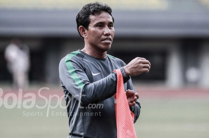 Bima Sakti, jadi opsi ideal untuk mendampingi timnas di Piala AFF 2018.