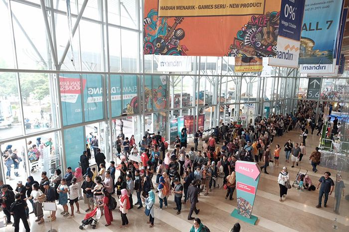 Antusiasme pengunjung di Sriwijaya Travel Fair 2018