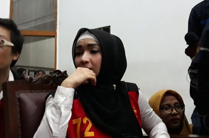 Roro Fitria saat ditemui Grid.ID di Pengadilan Negeri Jakarta Selatan, Rabu (17/10/2018)