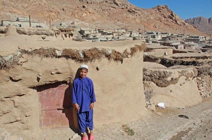 Desa Makhunik  di Provinsi Khorasan, Iran Selatan.