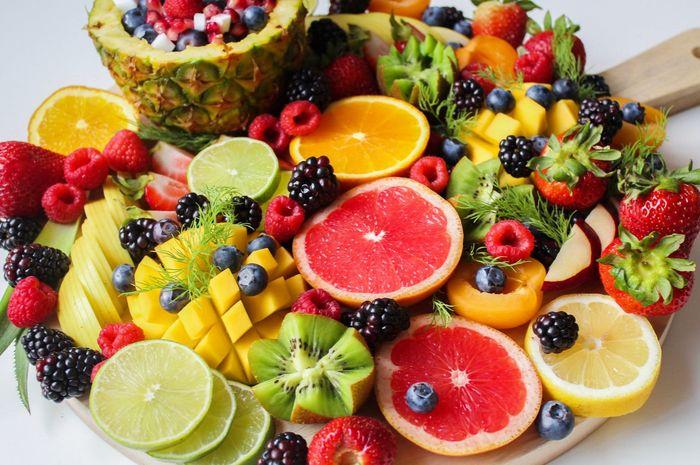 Risiko kesehatan yang bisa terjadi jika Moms terlalu banyak makan buah