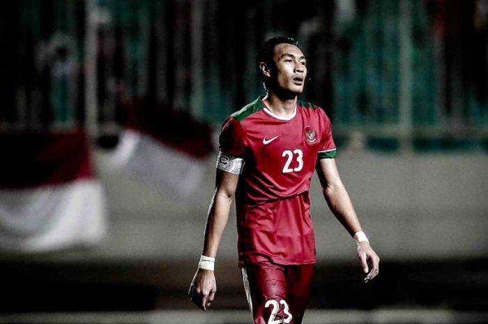 Hansamu Yama dalam laga uji coba kontra Korea Selatan di Stadion Pakansari, Bogor, Sabtu (23/6/2018)