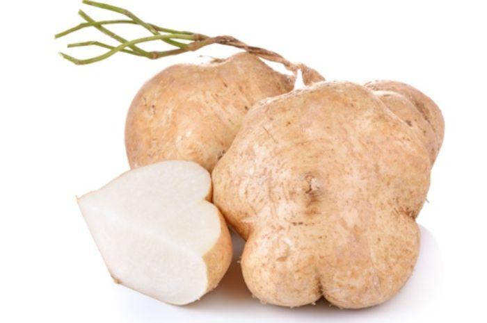 Bengkoang dipercaya sebagai bahan alami pembuat lulur yang dpat mencerahkan kulit tubuh